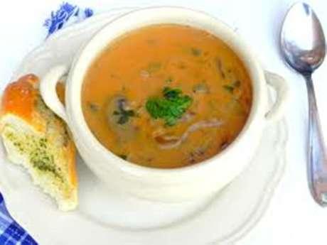 Marché et dégustation de soupes