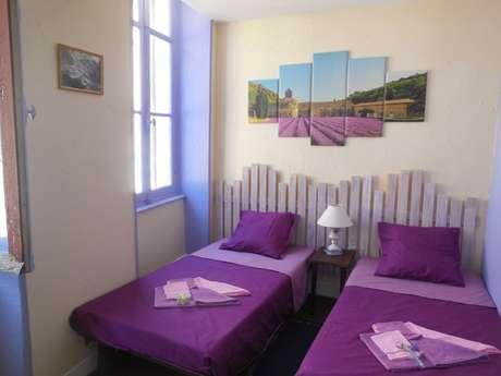 Chambre d'hôtes Clévacances 'la maison du Docteur Bona' - chambre provençale