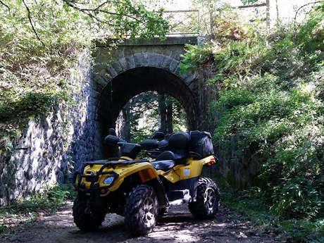 Initiation et randonnée quad ou moto au Clos d'Arnet