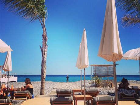 Plage la Siesta Beach Club by day - Okwide