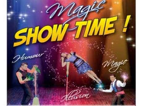 """Magic show time"""