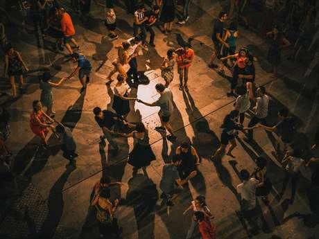 Initiation aux danses de Findhorn