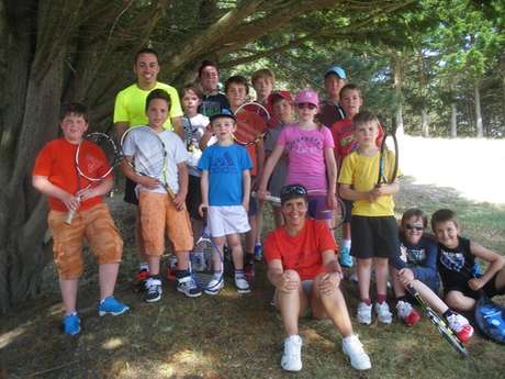 Tennis : stages et cours individuels et collectifs