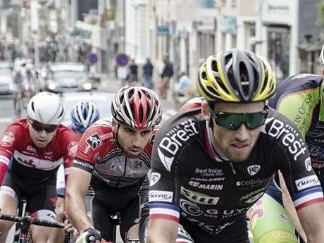 Epreuve et arrivée du Tour de la Manche cycliste