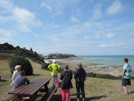 Visite de l'office de tourisme : petit-déjeuner face à la mer