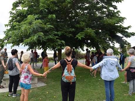 """Promenade gesticulée """"Les arbres dans le vent"""""""