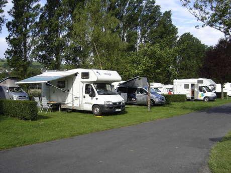 Aire de stationnement et de service du Camping Municipal Les Boucaniers