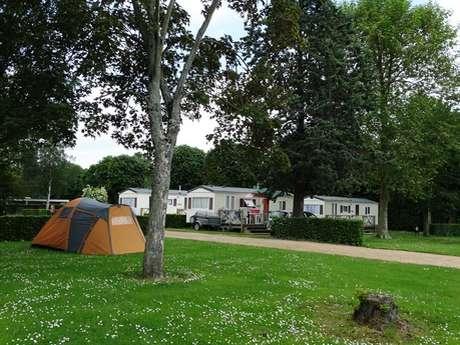 Camping de la Vallée *** à Lisieux