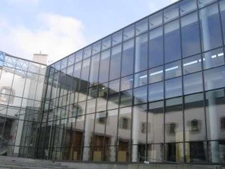Médiathèque Georges Perros