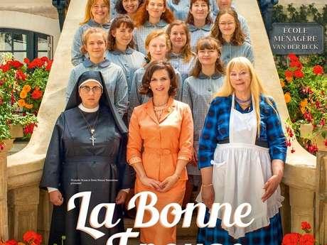 """CINEMA NAUTILUS """" LA BONNE EPOUSE """""""