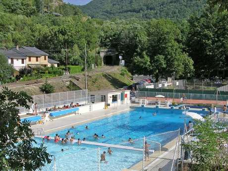 Outdoor pool in Ax-les-Thermes