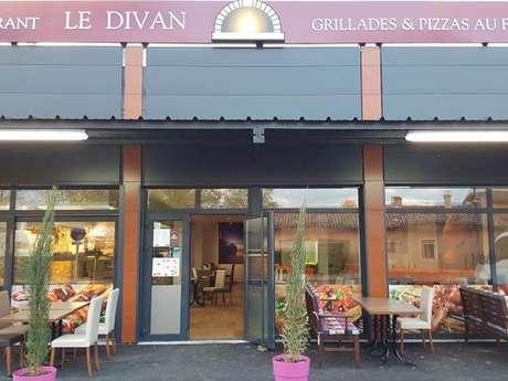 Le Divan (Turkish food)