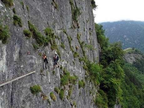 Via ferrata avec le Bureau des Guides des Pyrénées Ariègeoises