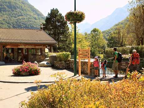 "Camping Municipal "" Les Ioules"""