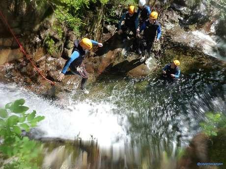 Canyoning avec Caverne & Canyon