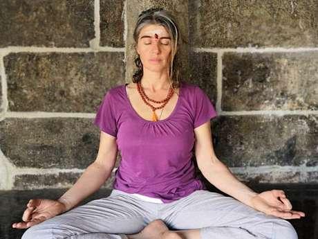 Cours de Hatha Yoga avec Chrystel