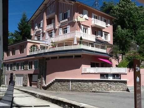 Hôtel Le Grillon