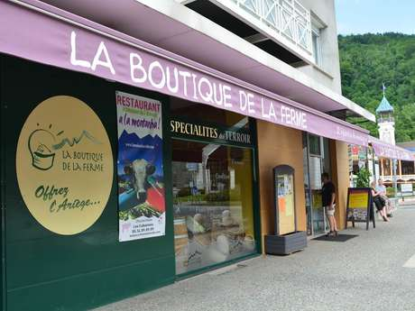 Tasting of local products to the Boutique de la Ferme in Ax-les-Thermes