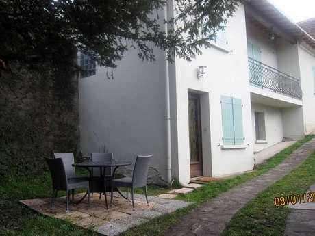 Maison Mitoyenne 4 Pers à Tarascon sur Ariège