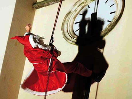 Descente du Père Noël du clocher de l'église Saint-Charles