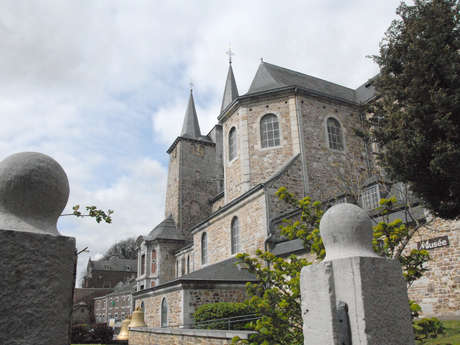 Collégiale Saint-Georges et Sainte-Ode