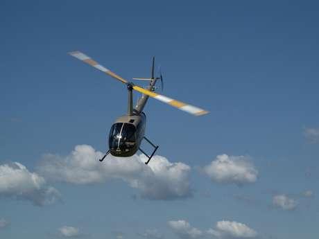 HéliTravaux - Hélicoptère (vol en hélicoptère au dessus du vignoble)