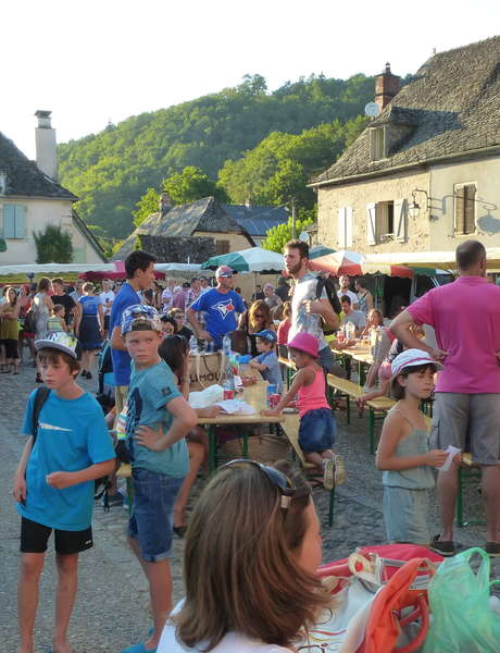 """Marché de Producteurs de Pays """"Bienvenue à la Ferme"""" à Monceaux-sur-Dordogne"""