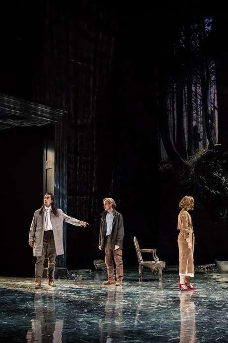 Théâtre : La Place Royale - Pierre Corneille