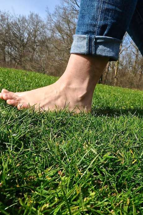 Sentiers pieds nu'it