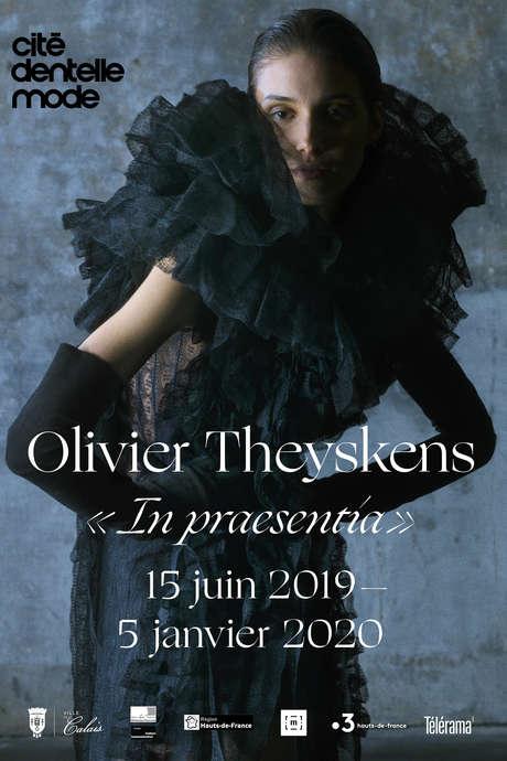 Exhibition: Olivier Theyskens, In praesentia