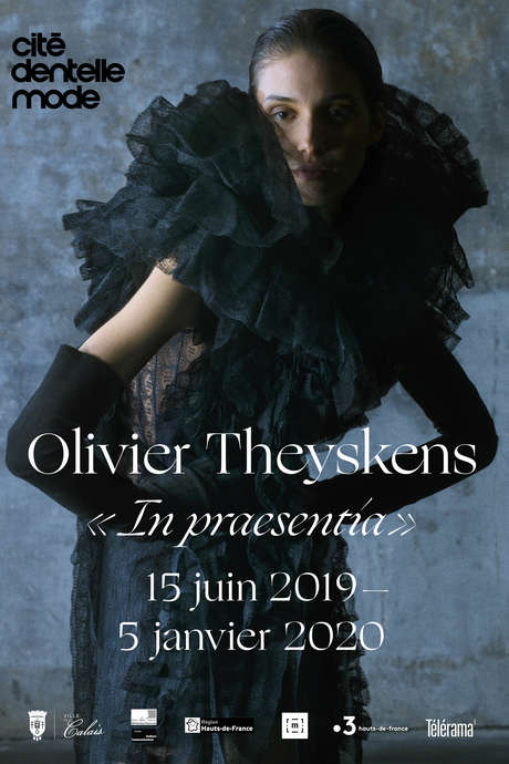 Exposition: Olivier Theyskens, In praesentia