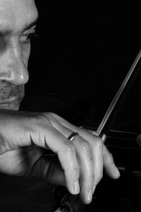 Belgian Music Days - Ni fleurs, ni couronnes / Wibert Aerts, violon & Centre Henri Pousseur