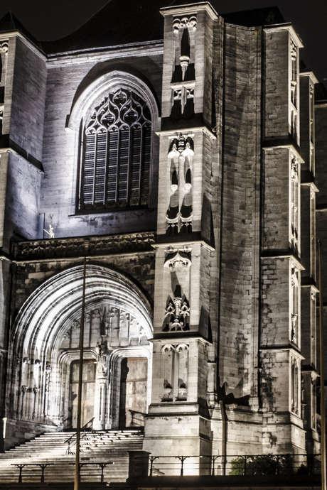 Visite guidée nocturne du Coeur Historique de Mons