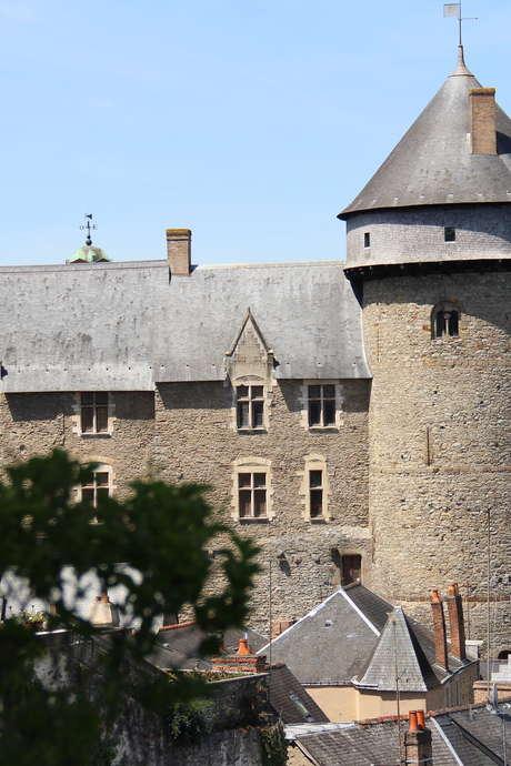 Spéléo-visite, dans les entrailles du château