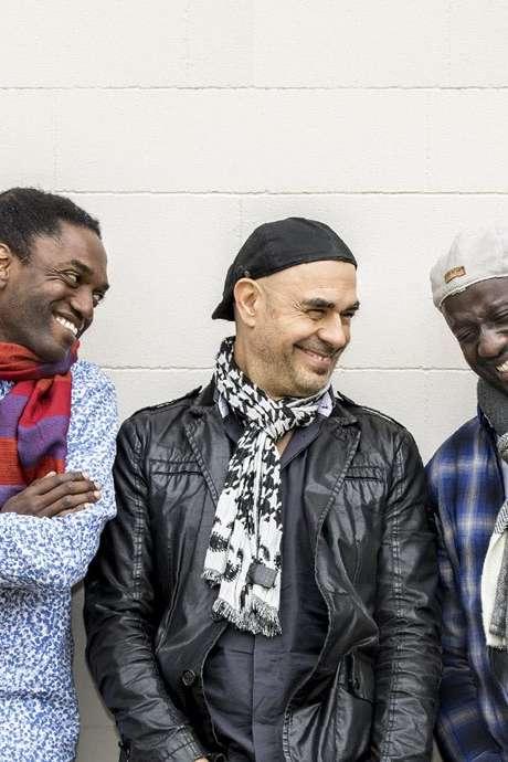 Aka Trio