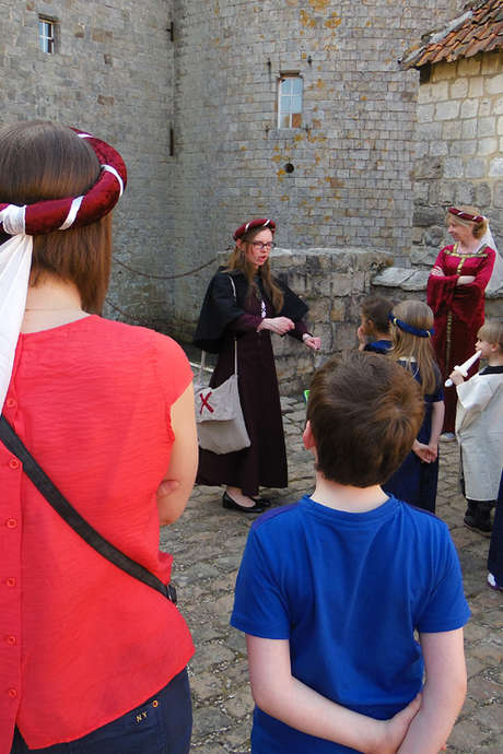 Costum'au château d'Olhain