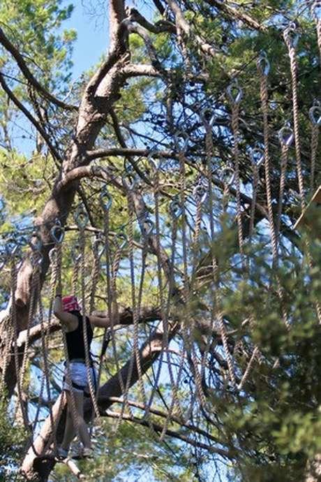 O2 AVENTURE - PARCOURS ACROBATIQUE FORESTIER