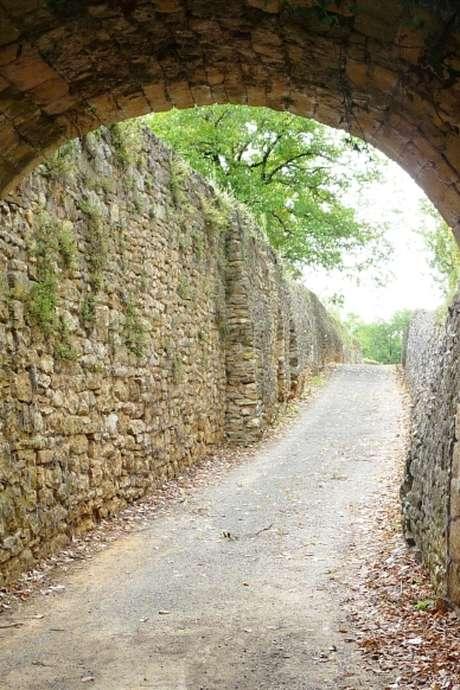 Visite du village de Saint Vincent de Cosse