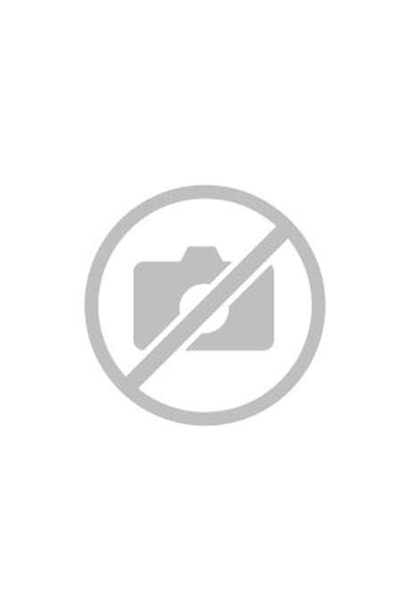 Visite de l'église de Larzac