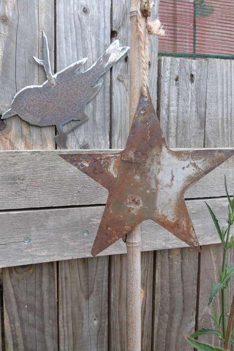 Créer une déco de jardin en métal