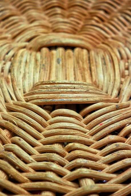 Atelier vannerie : fabrication d'un cône porte boule de graisse pour oiseau