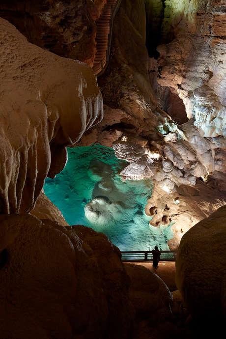 Visite du Gouffre de Padirac : Devenez Explorateur le Temps d'une Soirée