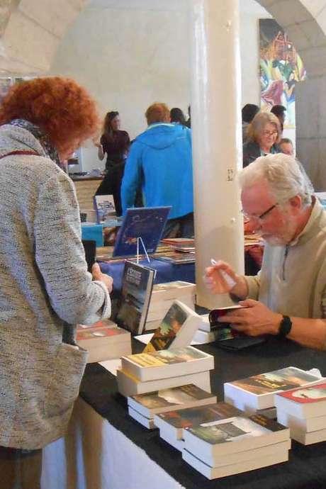 """6 ème Festival """"Des Livres et Nous"""" : Rencontres d'Ecrivains"""