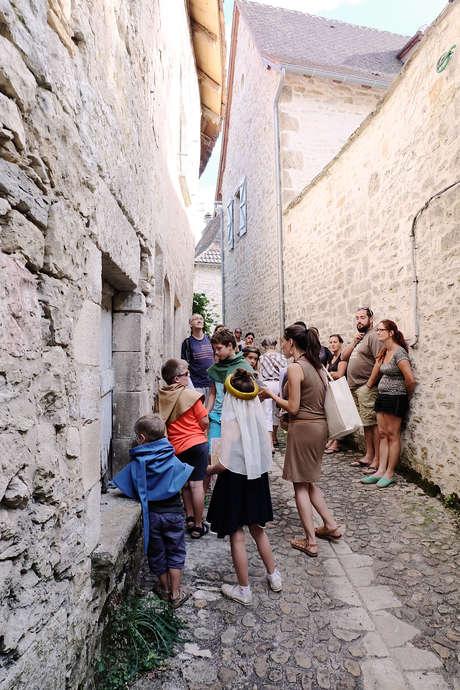 """Pays d'Art et d'Histoire : Visite Ludique en Famille """"Comme par Miracles"""""""