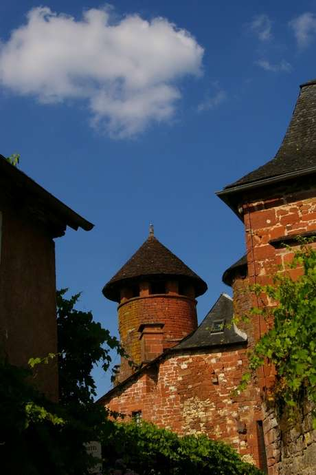Visite Guidée de Collonges-La-Rouge