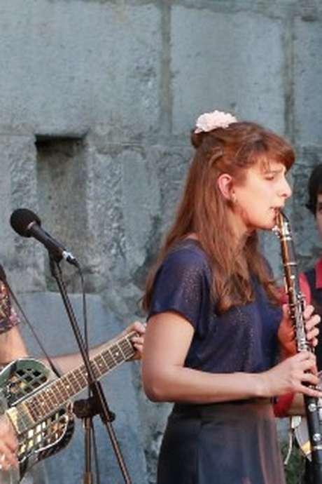 "Concert Jazz: ""Mama Shakers"""