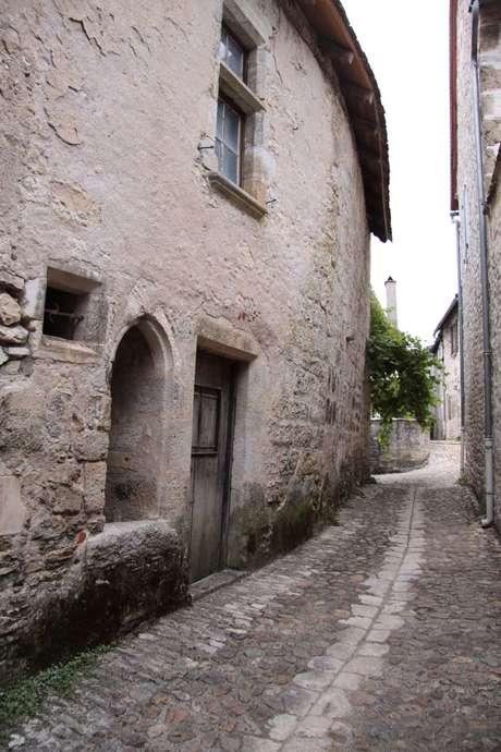 La Guerre et l'Amour au Moyen-Age en Quercy