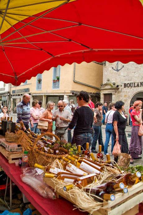 """Marché des Producteurs de Pays Festif """"Bienvenue à la Ferme"""" à Beaulieu-sur-Dordogne"""