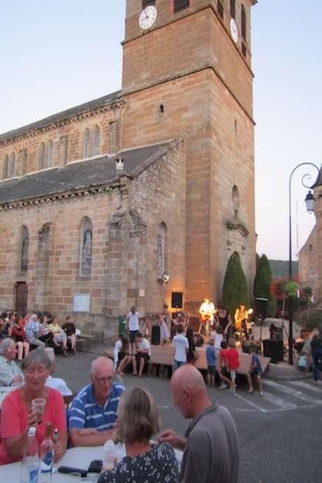Marché Nocturne à Lacapelle-Marival