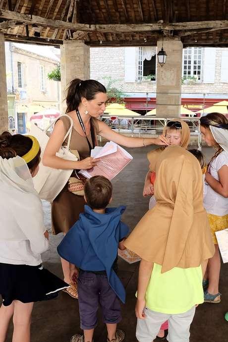 """Pays d'art et d'histoire : Visite Ludique en Famille """"Des Brigands dans la Ville"""""""
